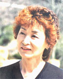 公益財団法人 日本アニマルトラスト 代表 甲斐尚子